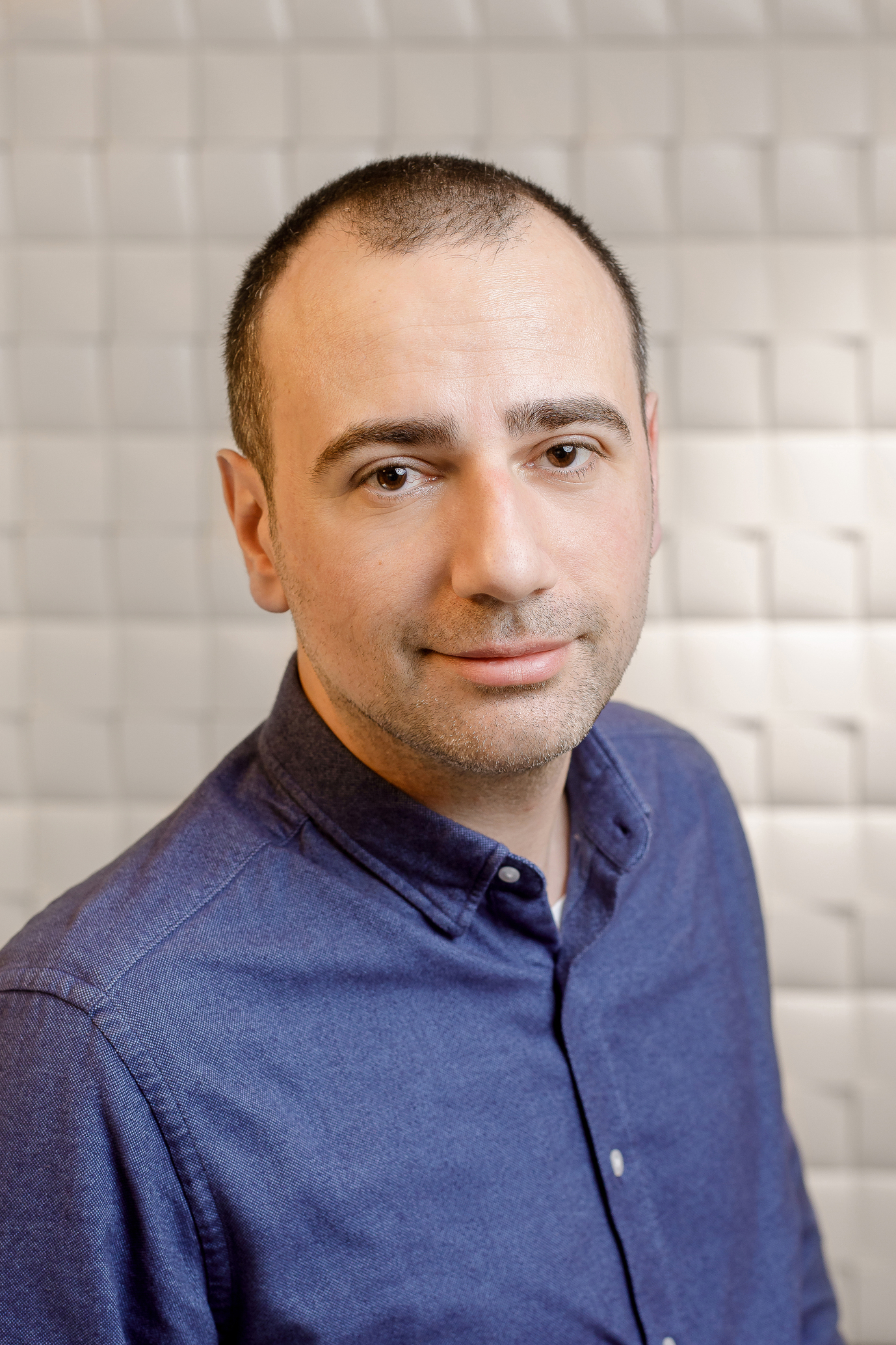 Dr.Bogdan Baghiu